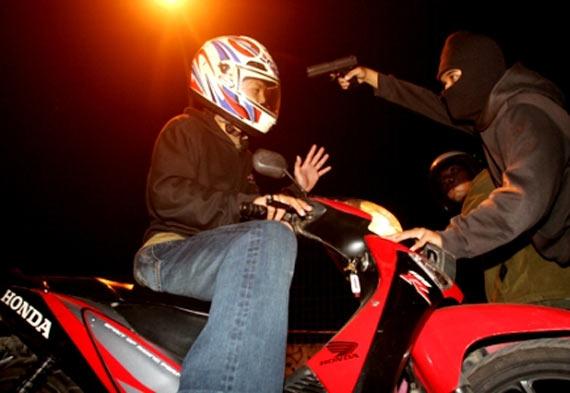 Tips Menghindari pErampasan dan perampokan Sepeda Motor, Hindari Perampasan Sepeda Motor, Cara menghindari perampasan sepeda motor