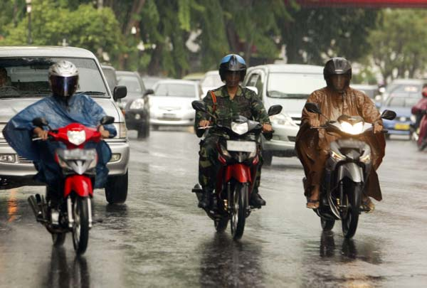 Cegah Karat Pada Sepeda Motor/Federal Oil