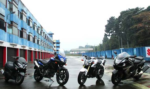 Moge Suzuki Hadir Srtelah Lebaran, Keempat Moge Suzuki Baru Bisa Hadir Setelah lebaran