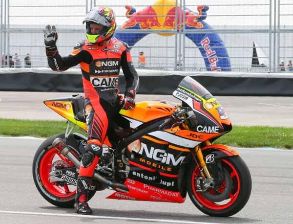 Colin Edwards pendiun dari MotoGP