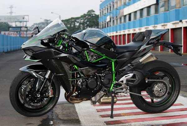 Kawasaki Ninja H2 Laris Manis/Federal Oil