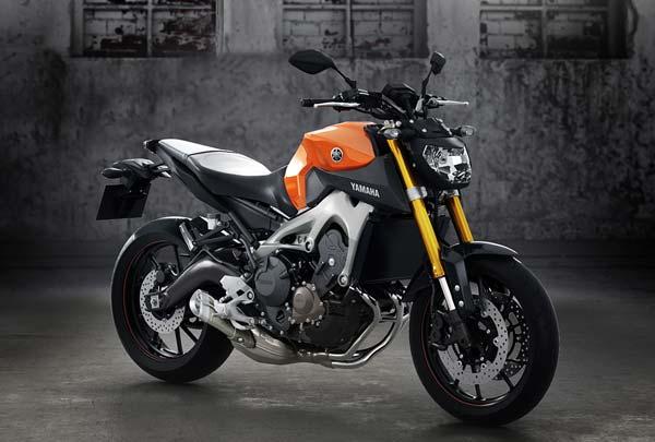 Sabar Yamaha MT 09 Belum Akan Diluncurkan/Federal Oil