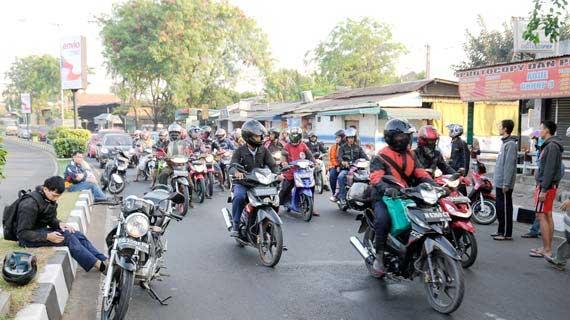 Tips Berkendara Sepeda Motor, Berita Federal Oil, Tips Sepda Motor, Tips Federal Oil